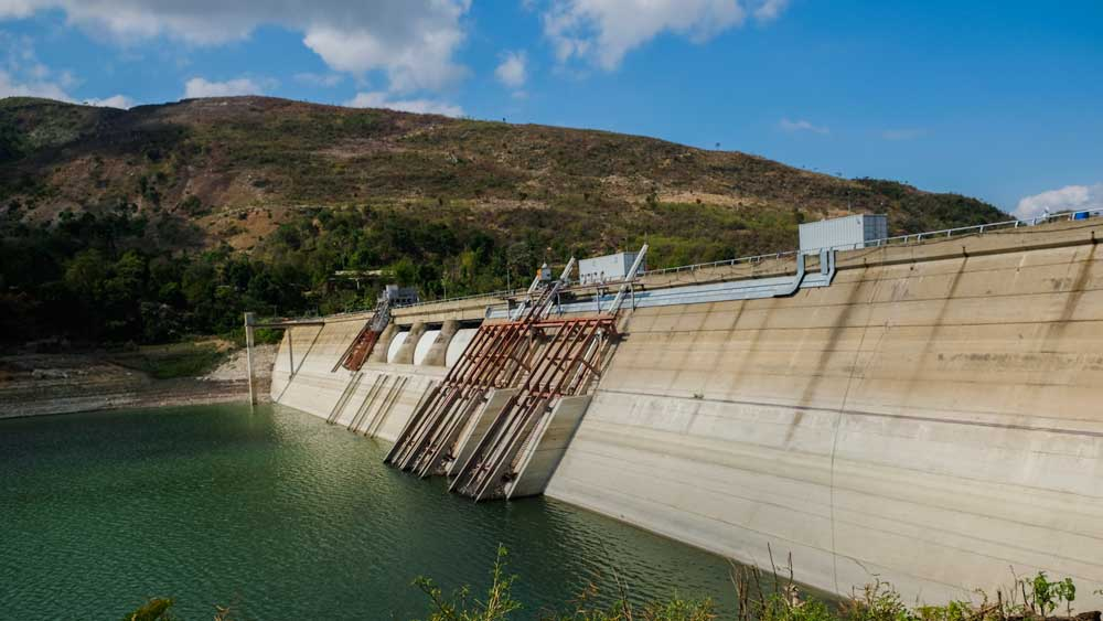 The wall of the Péligre hydroelectric dam, Haiti